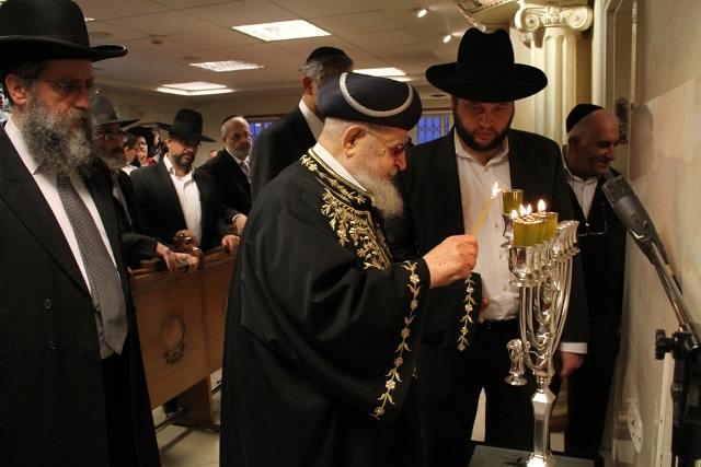 Règles relatives à l'allumage des Nerot de 'Hanouka - Rav David Pitoun