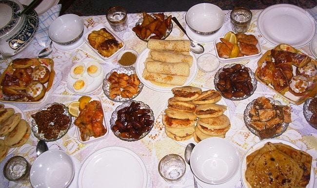 Aliment doux ou sucré, dessert pendant le repas Yalkout Yossef Ch 177 §2