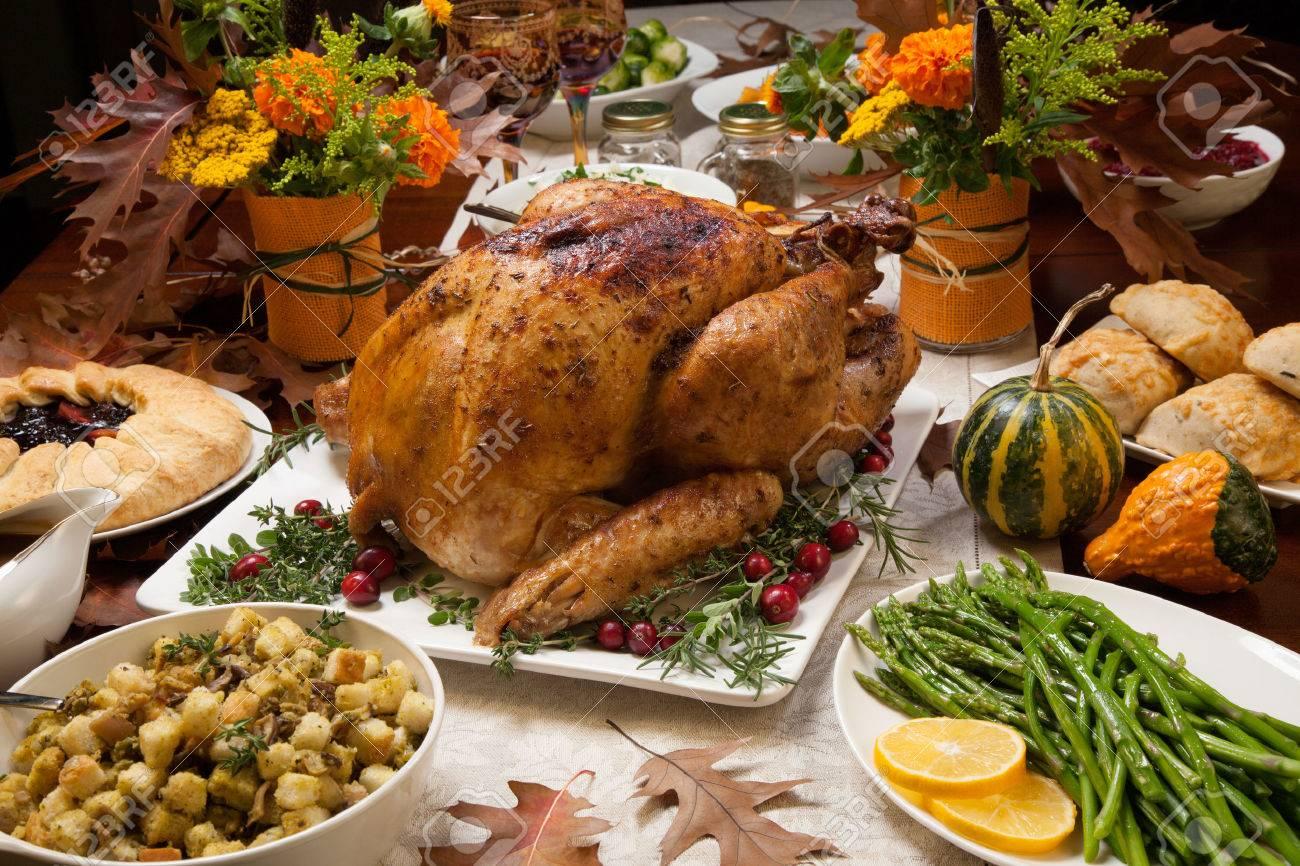 Aliments qui arrivent au cours d'un repas. Règles générales. Yalkout Yossef Ch. 177